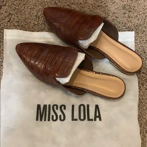 Flats that are too small for me. Received 8.9.19